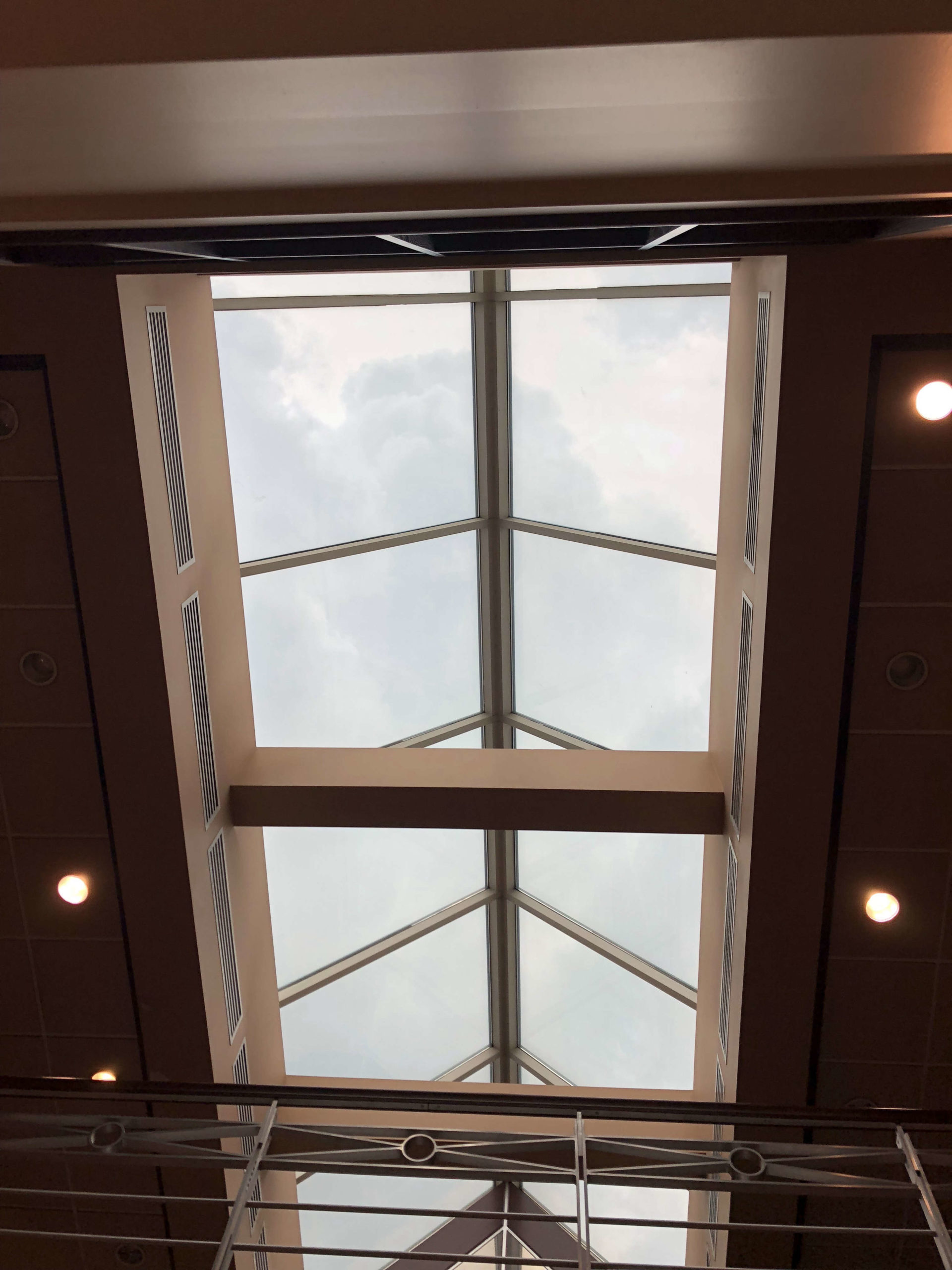 Bureau Commercial Plafond